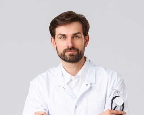 hospital-healthcare-workers-covid-19-treatment-con-M2ASHZ6.jpg